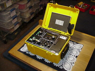 Biddle Instruments 720390 Versa-Cal Calibrator, No Charger, Used!