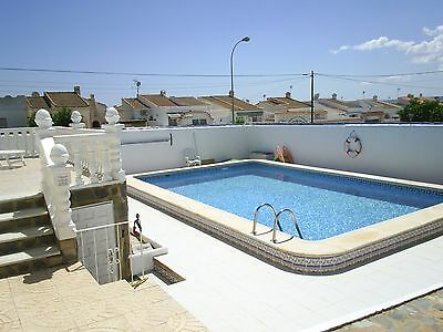Detached HOLIDAY VILLA. Pool AC UKTV Wifi. Torrevieja SPAIN 10 days AUGUST  £845