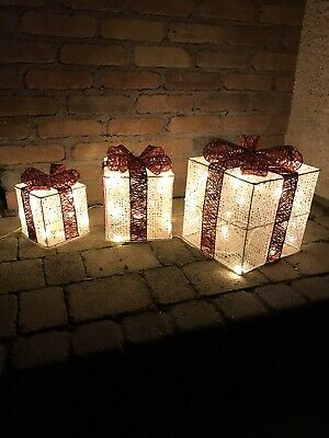 Set Of 3 Led Gift Boxes Outdoor/Indoor Christmas Decoration