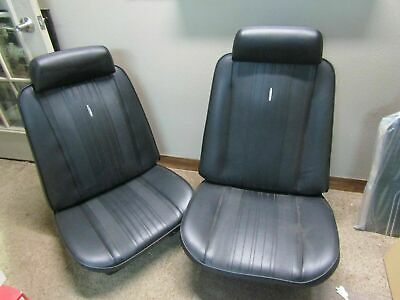 1970 70 Chevelle El Camino new pair of bucket seat covers & medallions