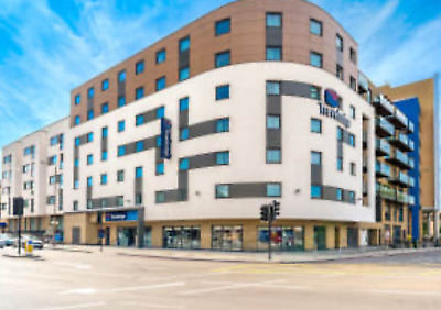 Travelodge Family Room Greenwich on 25/04/20 For London Marathon On 26/04/20
