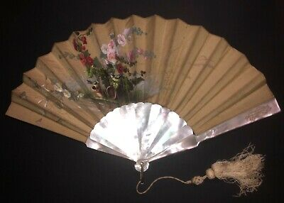 Fine Antique French Art Nouveau Mother Pearl Hand Painted Roses Flowers Silk Fan