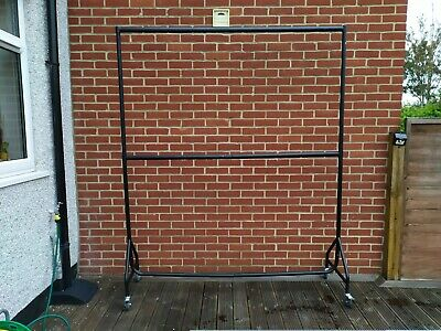 Heavy Duty Strong Two Rail Clothes Rails for Home or Retail use