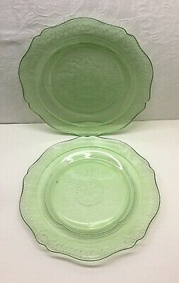 """2 FEDERAL """"PATRICIAN SPOKE"""" LUNCHEON PLATES - Green, 9 Inch, Depression Glass"""
