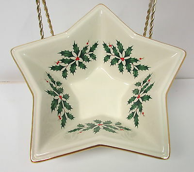 Lenox Holiday Dimension Star Bowl Holly Berries 24K Gold Trim Exc. Cond