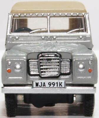 Oxford Die Cast 1:76 scale Land Rover Série III SWB Toile Marine Royale 76LR3S004
