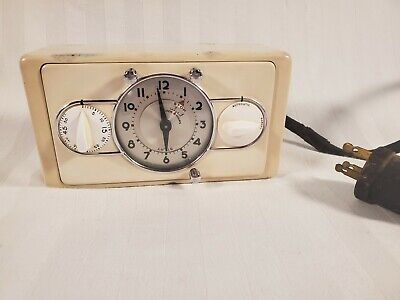 Vintage 1930s Seth Thomas Model 936 White Art Deco Oven Timer Stove Clock