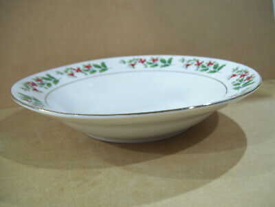 "Gibson Everyday Christmas Charm Holly & Berry 8"" Soup Cereal Rimmed Bowl Plate"