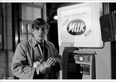 8024171 A1 (33x23 inches) Poster of Tom Courtenay in Billy Liar (1963)