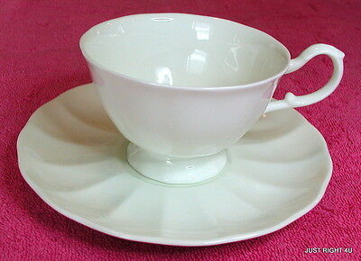 {SET OF 2} Mikasa Bone China (Cameo White) CUP & SAUCER SETS Exc A7000 (5 avail)