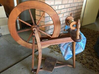 Ashford Heirloom Spinning Wheel