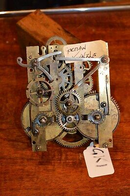 VINTAGE CLOCK MOVEMENT GERMAN MANTLE CLOCK ref GK1