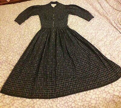 True Vintage Navy Print Cotton Prarie Dress. 1950s. Size 6-8.