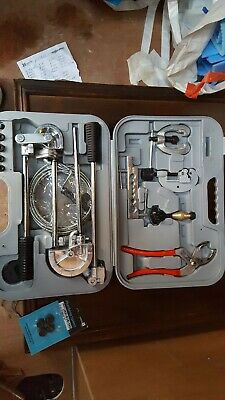 Diyers  Plumbing Kit Accesories Pipe Benders, Cutter Wrench Etc: used