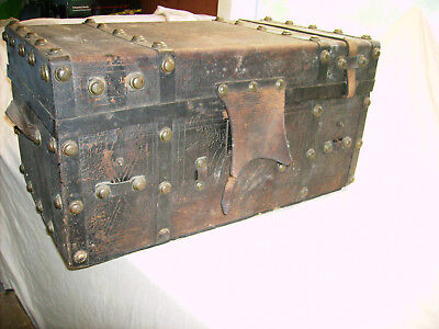 Stagecoach Chest Trunk Antique Shipping Storage Case