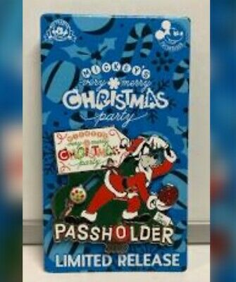 Mickey's Very Merry Christmas Party 2019 Annual Passholder pin ON HAND