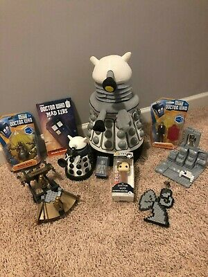 Doctor Who lot: action figures, wallet, lego, dalek, weeping angel, mad lib
