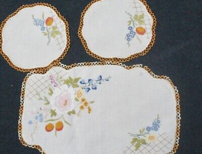 Vintage Hand worked DUCHESS SET, 1 large mat and 2 doilies FLORAL PICTURE