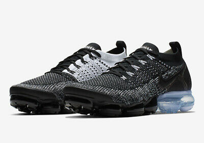 Nike Air Vapormax Flyknit 2 Black Size 10 US Mens Athletic Shoes Casual Sneakers