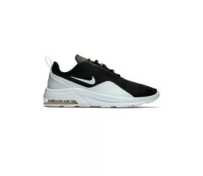 WOMENS NIKE AIR Max Motion 2 Track & Field Trainers AO0352
