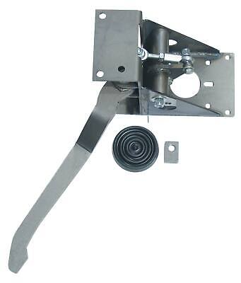 Universal right angle booster bracket