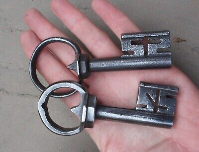 Two excellent wrought and braised iron 17/18th century chest lock keys