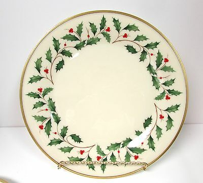 Lenox Holiday Dimension Dinner Plate Christmas Holly Berries 24K Gold Trim Nwt