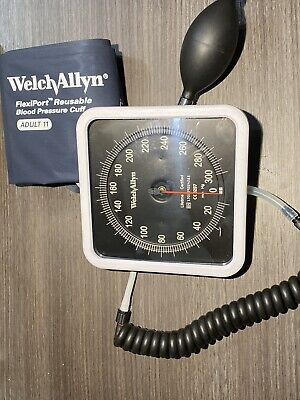 Welch Allyn 767 Wall Blood Pressure Gauge 7670 WITH CUFF- No Back Base - No Box