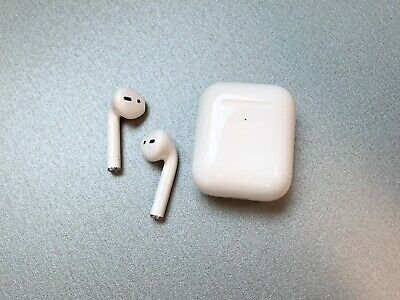 Apple AirPods 2nd Generation with Wireless Charging Case (11 Month Warranty)