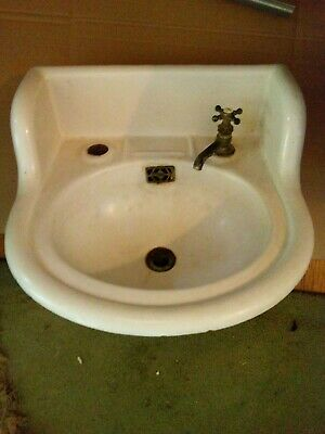 Antique Early Cast Iron White Porcelain High Back Farmhouse Bath Sink 1906