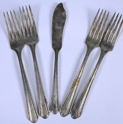 Lot 5 Antique Wm. A. Rogers A1 Plus Silver-plated Flatware Butter Knife & Forks