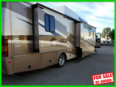 2015 FLEETWOOD DISCOVERY 40G Class A Diesel Pusher 2 Slide