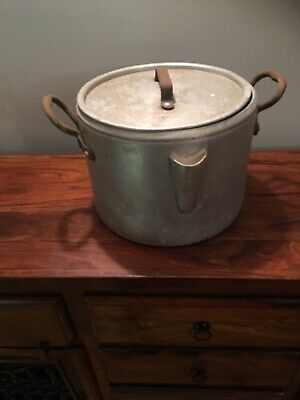 Vintage Large Catering Cooking Pot With Lid And Spout 30 Cm Diameter