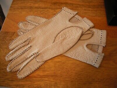 STUNNING VINTAGE 1950/60`s CREAM LEATHER DRIVING GLOVES..SIZE 7.Great Condition