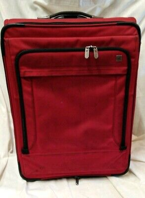 """Victorinox Swiss Army Red 31"""" Expandable Upright Rolling 2 wheels Luggage Bag"""