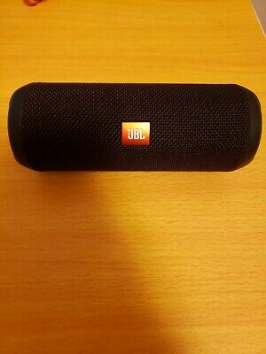 JBL Flip 3 Splashproof Portable Bluetooth Speaker - Black  ** Charging Issue**