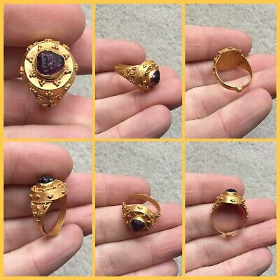 Rare ancient Roman gold and amethyst intaglio ring