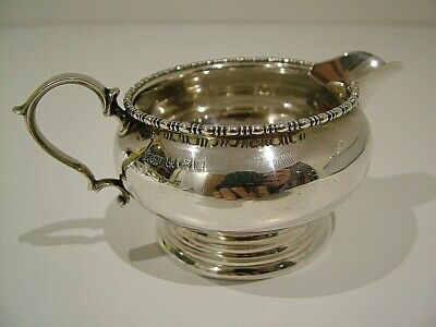 ANTIQUE HM1927 97g SOLID ENGLISH SILVER CREAM MILK BOAT JUG  RICHARDS (881)