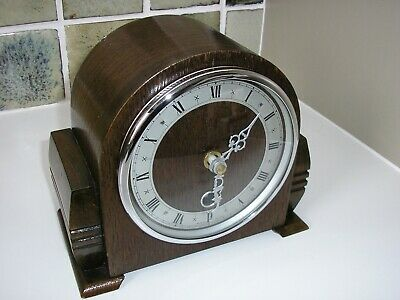1940's COMPACT OAK CASED MANTLE CLOCK (Converted)