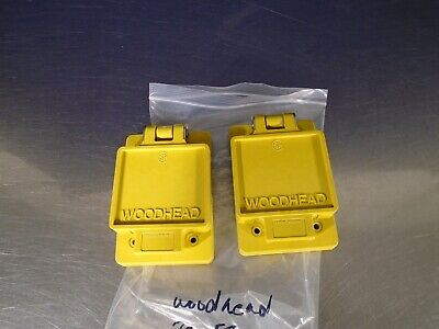 woodhead outlet cover    70-5700      lot of 2