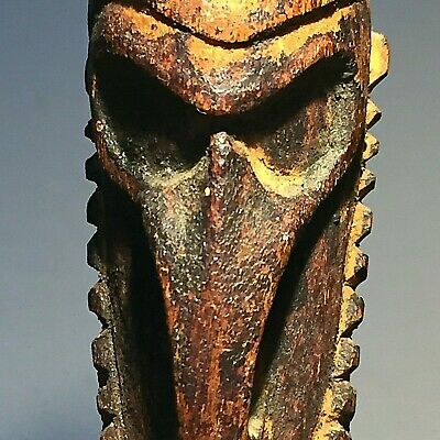 rare vintage Sepik hunting charm figure  early 20th century PNG Papua New Guinea