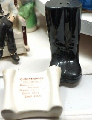 Christopher Columbus Boots Souvenir Parkcraft Salt Pepper Shaker Set Vintage