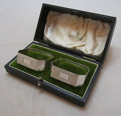 coCased pair Antique George VI sterling silver Art Deco Napkin rings, 1947, 55g