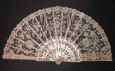 Fine Antique French Carved Mother Of Pearl Gold Gilt Chantilly Lace Fan