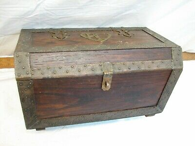 Vintage Bronze Banded Oak Treasure Chest Arts & Crafts Jewelry Trinket Box