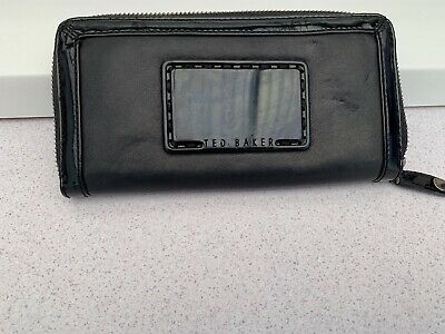 """Ladies Black Leather Ted Baker Purse H3.75"""" x W7.5"""" x D1/2"""""""