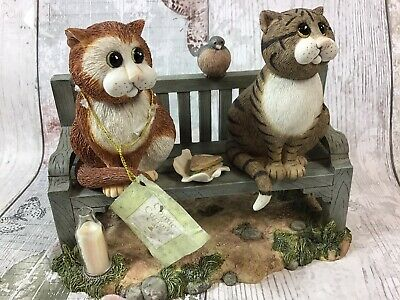 Comic Curious Cats Three's a Crowd Ornament Collectable Border Fine Arts 2002