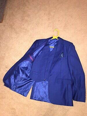 Boys aged 14- 6 piece suit in Royal Blue