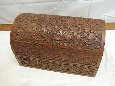 Vintage Hand Carved Exotic Wood Burl Dresser Trinket Box Treasure Leaf Burl