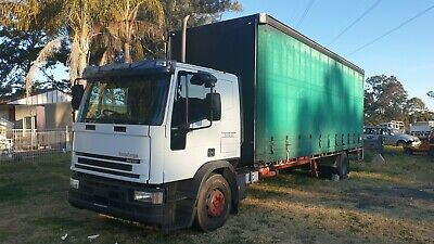 Iveco 2002 eurocargo Tector curtain sider tautliner truck